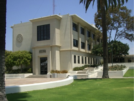 loyola marymount university essay Los angeles los angeles is one loyola marymount university is perfectly situated to provide students with a magnificent environment for their studies along with.