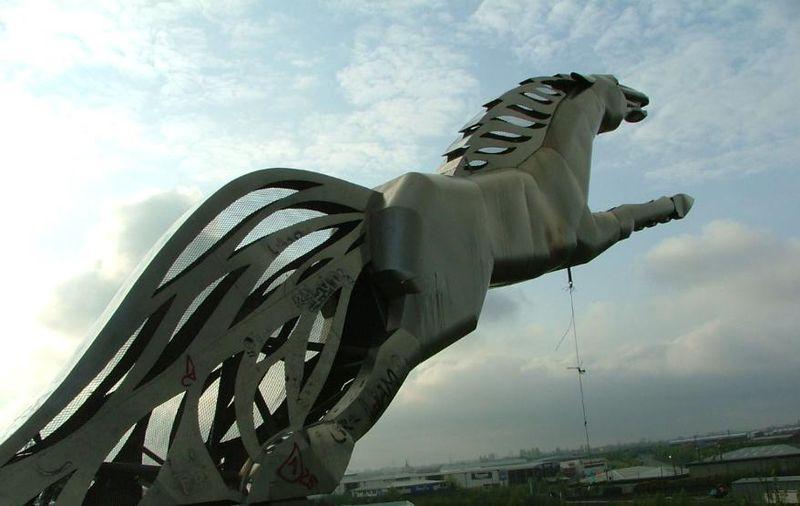 Statue of Sleipnir