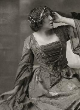 Gilhuys-Sasbach as Desdemona