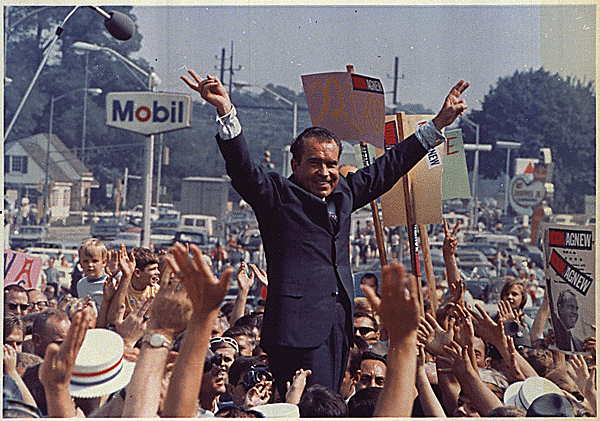 Nixon Campaigning