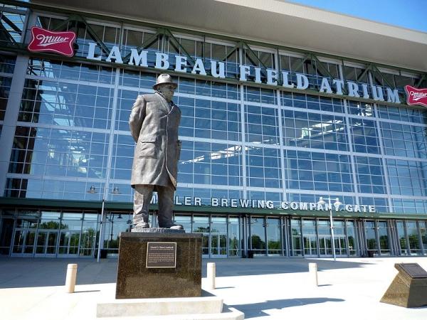 Statue of Vince Lombardi