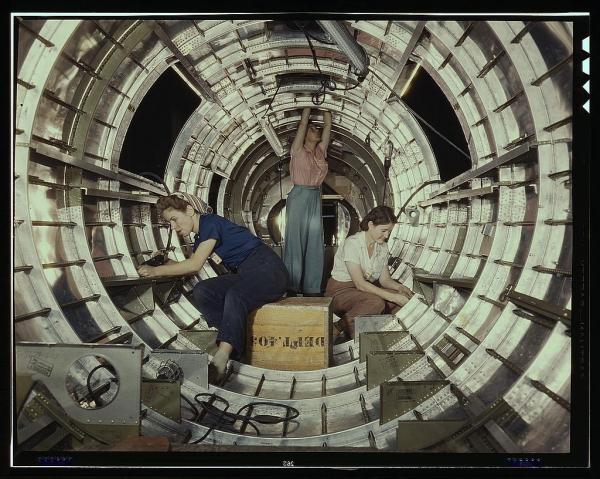 Women Build a B-17